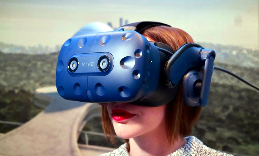 Компания HTC представила VR-шлем Vive Pro